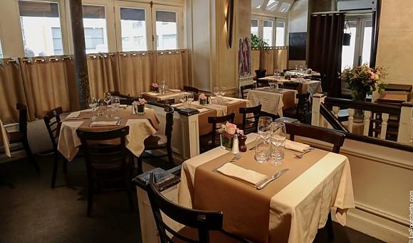 restaurant le court bouilllon paris 15 me fran ais. Black Bedroom Furniture Sets. Home Design Ideas