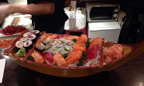 restaurant restaurant sushi passy paris 16 me japonais. Black Bedroom Furniture Sets. Home Design Ideas