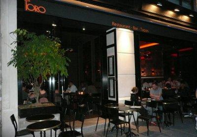 restaurant toro paris 1 er espagnol. Black Bedroom Furniture Sets. Home Design Ideas