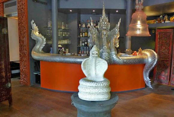 Restaurant aux trois nagas paris 16 me thailandais - Cuisine thailandaise paris ...