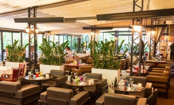 D co restaurant terrasse jardin ile de france saint denis 1216 restaurant saint denis - Restaurant terrasse jardin grenoble mulhouse ...