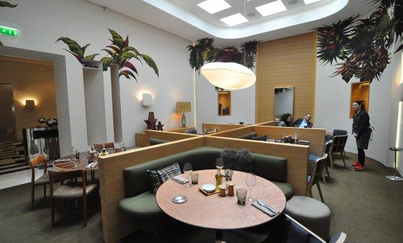 Le Marignan Restaurant Paris