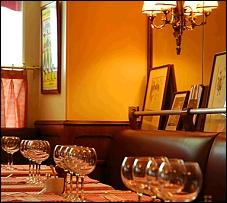 restaurant la fontaine de mars paris 7 me fran ais. Black Bedroom Furniture Sets. Home Design Ideas