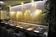 restaurant num paris 1 er thailandais. Black Bedroom Furniture Sets. Home Design Ideas