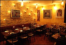 Photo restaurant paris Tine - Salle douce et tamisée